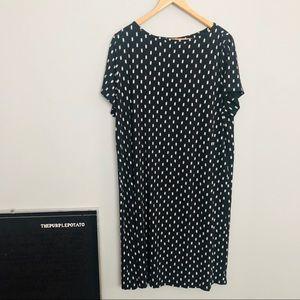 J. Jill Wearever Black & White Pattern Swing Dress